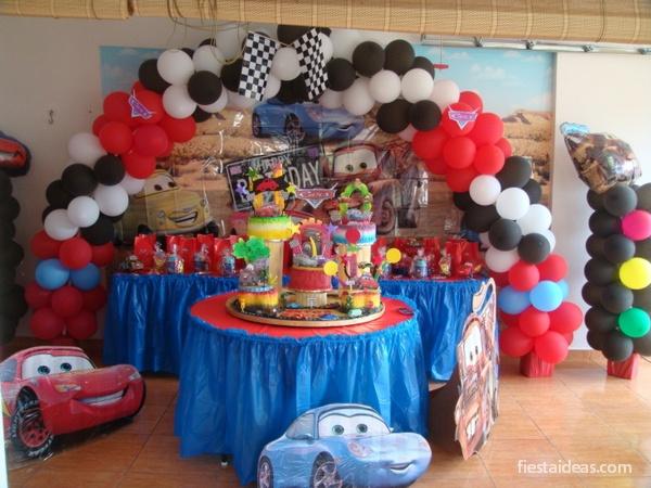 ece48462c Ideas de decoración fiesta cars rayo mcqueen -